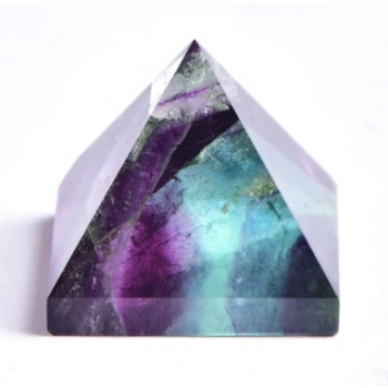Flouriit  püramiid